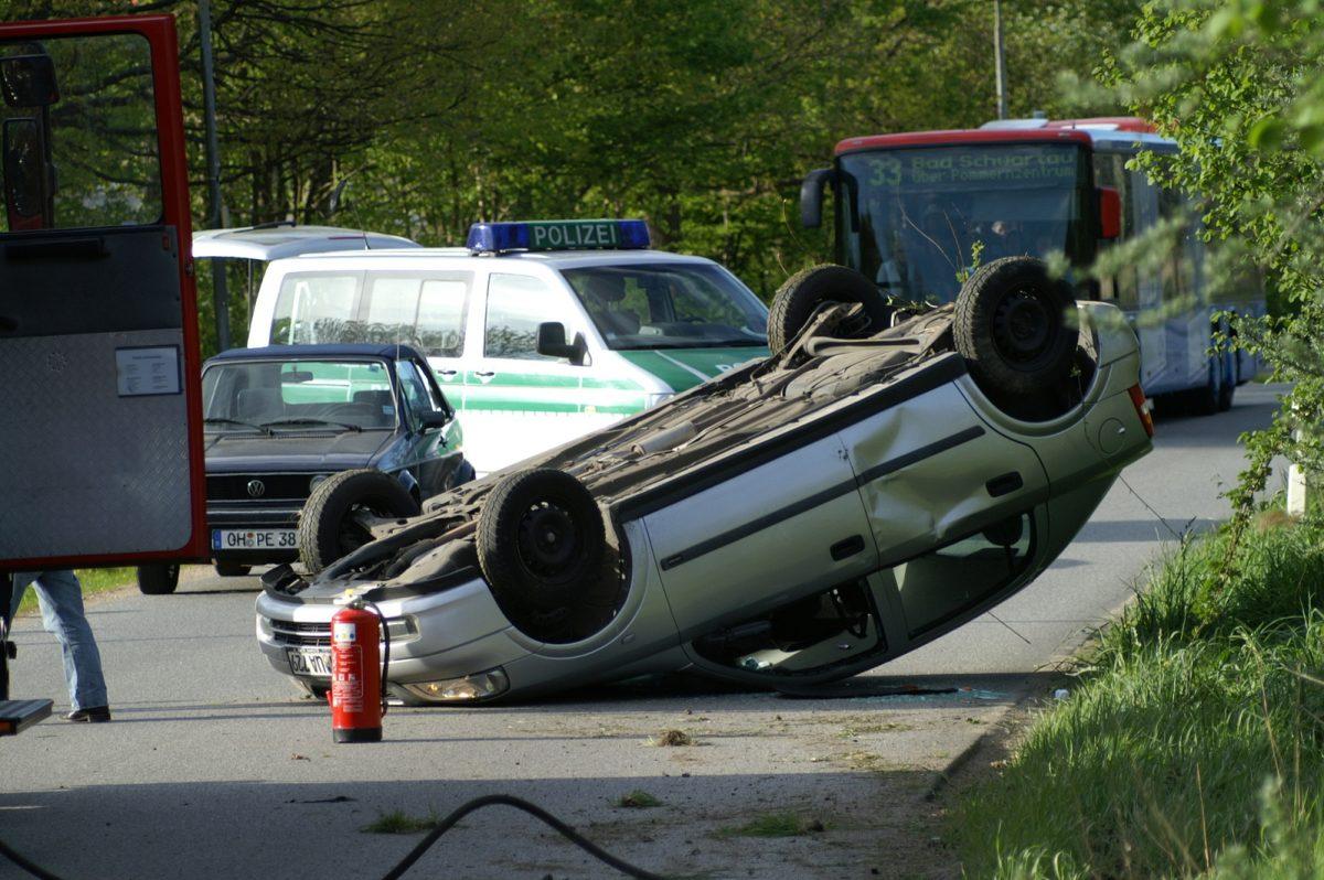 Victimes d'un accident de la route avec un véhicule terrestre à moteur